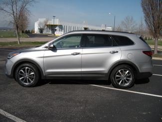2017 Hyundai Santa Fe SE Chesterfield, Missouri 3