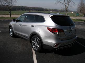 2017 Hyundai Santa Fe SE Chesterfield, Missouri 4
