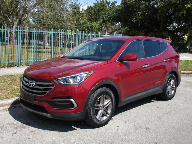 2017 Hyundai Santa Fe SE Miami, Florida 1