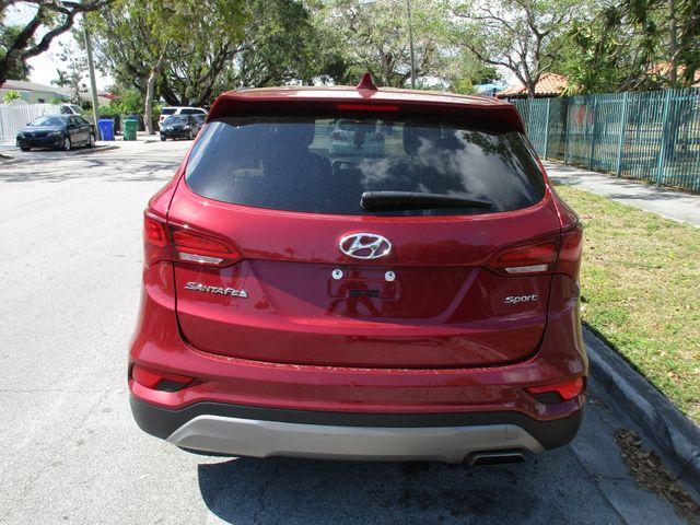 2017 Hyundai Santa Fe SE Miami, Florida 6