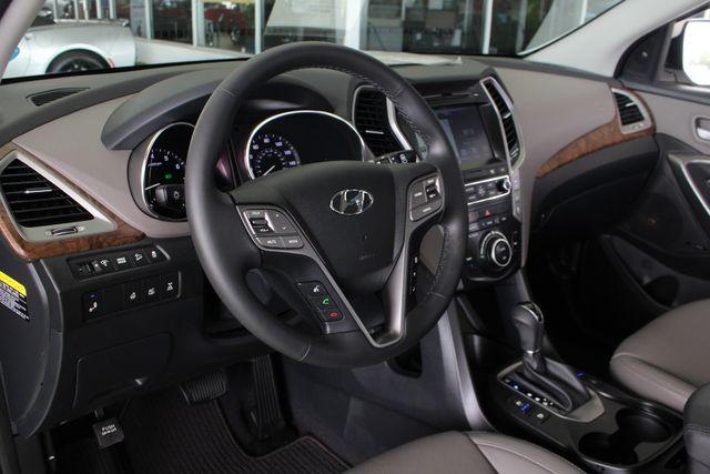 2017 Hyundai Santa Fe SE Ultimate AWD - NAV - PANO SUNROOFS! Mooresville , NC 32
