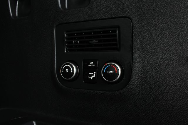 2017 Hyundai Santa Fe SE Ultimate AWD - NAV - PANO SUNROOFS! Mooresville , NC 45