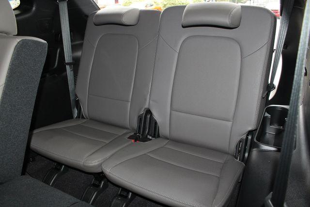 2017 Hyundai Santa Fe SE Ultimate AWD - NAV - PANO SUNROOFS! Mooresville , NC 13