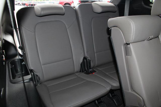 2017 Hyundai Santa Fe SE Ultimate AWD - NAV - PANO SUNROOFS! Mooresville , NC 51