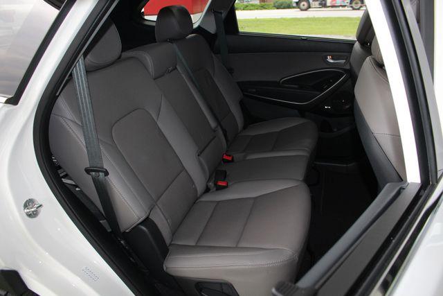 2017 Hyundai Santa Fe SE Ultimate AWD - NAV - PANO SUNROOFS! Mooresville , NC 50