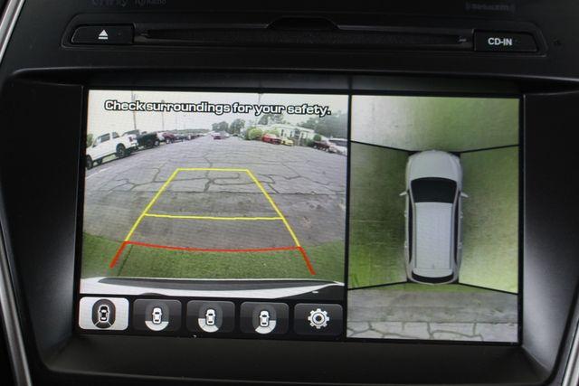 2017 Hyundai Santa Fe SE Ultimate AWD - NAV - PANO SUNROOFS! Mooresville , NC 37