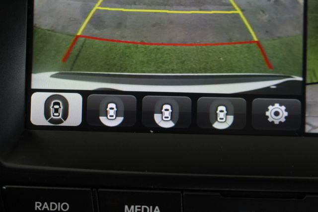 2017 Hyundai Santa Fe SE Ultimate AWD - NAV - PANO SUNROOFS! Mooresville , NC 38