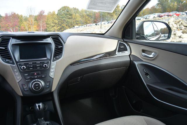 2017 Hyundai Santa Fe SE Naugatuck, Connecticut 14