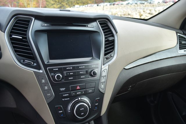 2017 Hyundai Santa Fe SE Naugatuck, Connecticut 18