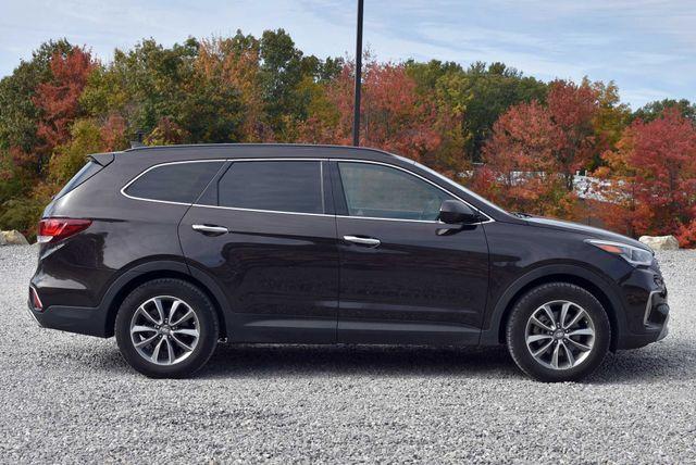 2017 Hyundai Santa Fe SE Naugatuck, Connecticut 5