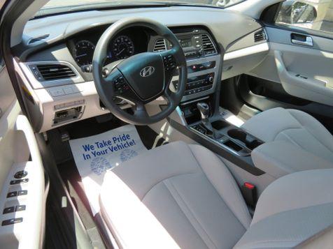 2017 Hyundai Sonata 2.4L | Abilene, Texas | Freedom Motors  in Abilene, Texas