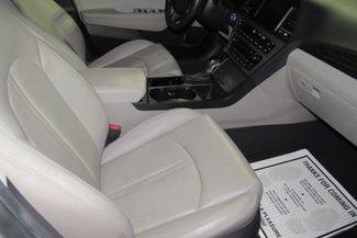 2017 Hyundai Sonata Limited W/ BACK UP CAM Chicago, Illinois 13
