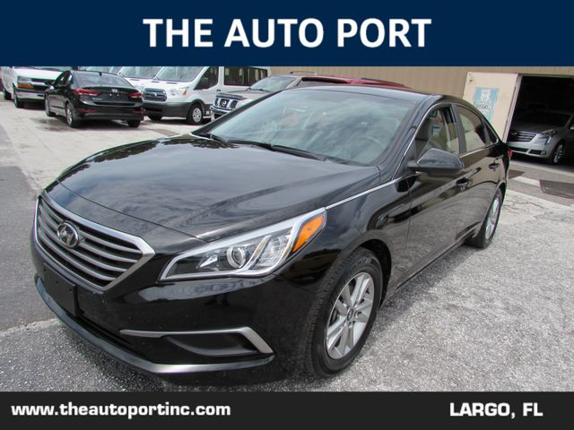 2017 Hyundai Sonata 2.4L in Clearwater Florida, 33773