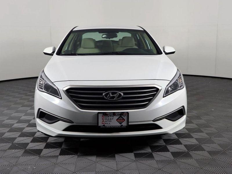 2017 Hyundai Sonata SE  city Ohio  North Coast Auto Mall of Cleveland  in Cleveland, Ohio