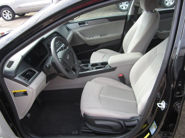 2017 Hyundai Sonata 2.4L Houston, Mississippi 6