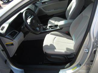 2017 Hyundai Sonata 2.4L Houston, Mississippi 5