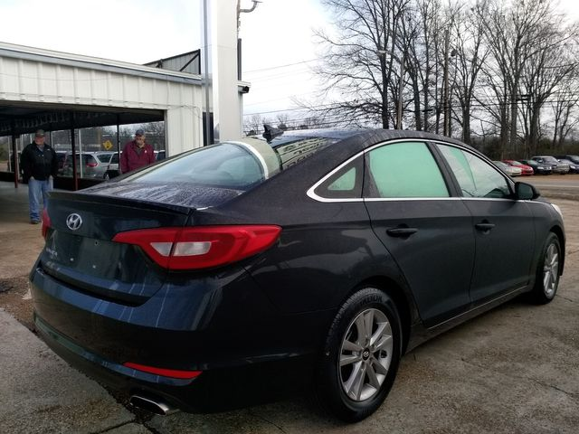 2017 Hyundai Sonata SE Houston, Mississippi 4