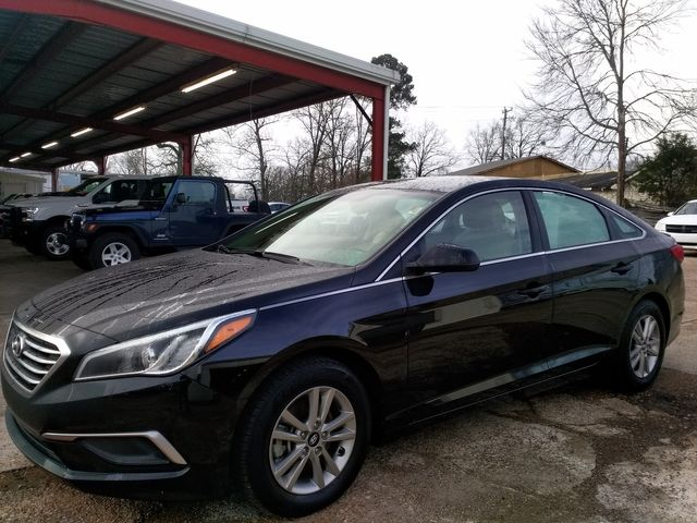 2017 Hyundai Sonata SE Houston, Mississippi 1