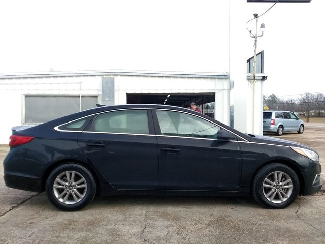 2017 Hyundai Sonata SE Houston, Mississippi 3