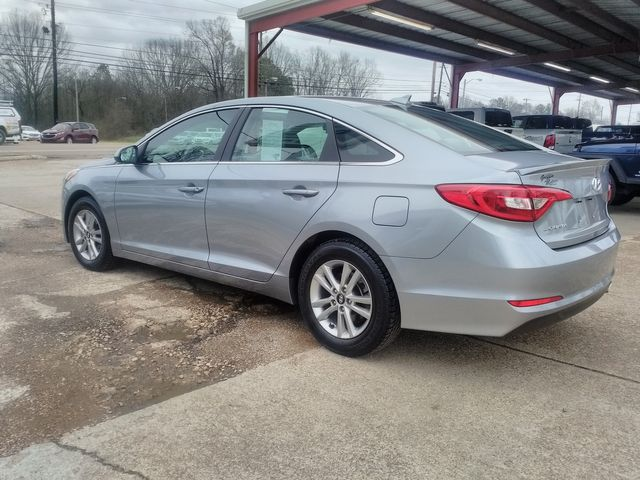 2017 Hyundai Sonata 2.4L Houston, Mississippi 4