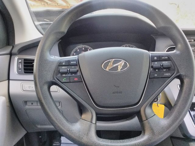 2017 Hyundai Sonata 2.4L Houston, Mississippi 11