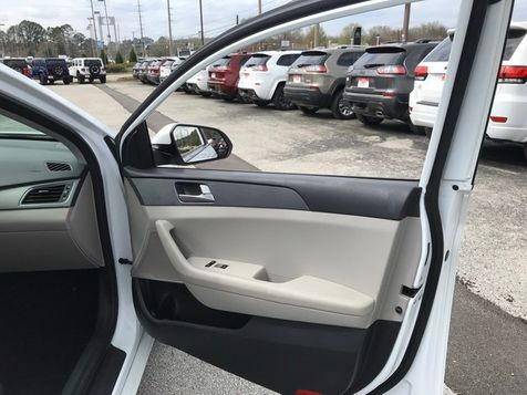 2017 Hyundai Sonata 2.4L | Huntsville, Alabama | Landers Mclarty DCJ & Subaru in Huntsville, Alabama
