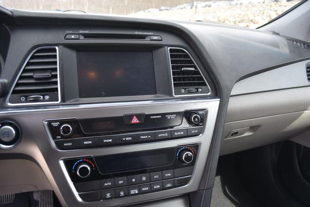 2017 Hyundai Sonata Hybrid SE Naugatuck, Connecticut 21