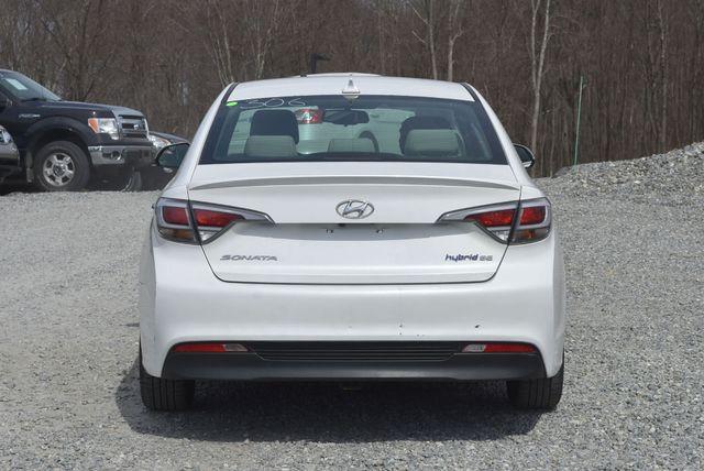 2017 Hyundai Sonata Hybrid SE Naugatuck, Connecticut 3