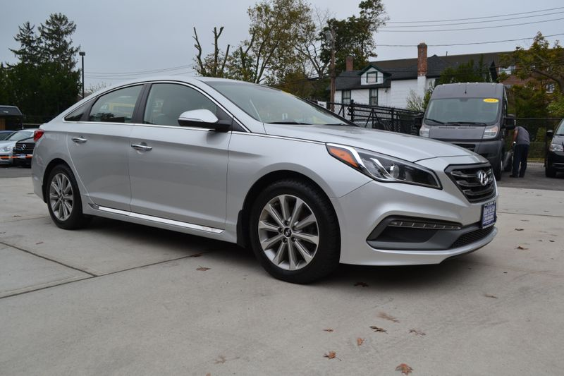 2017 Hyundai Sonata Limited  city New  Father  Son Auto Corp   in Lynbrook, New