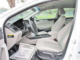 2017 Hyundai Sonata 2.4L Miami, Florida 9