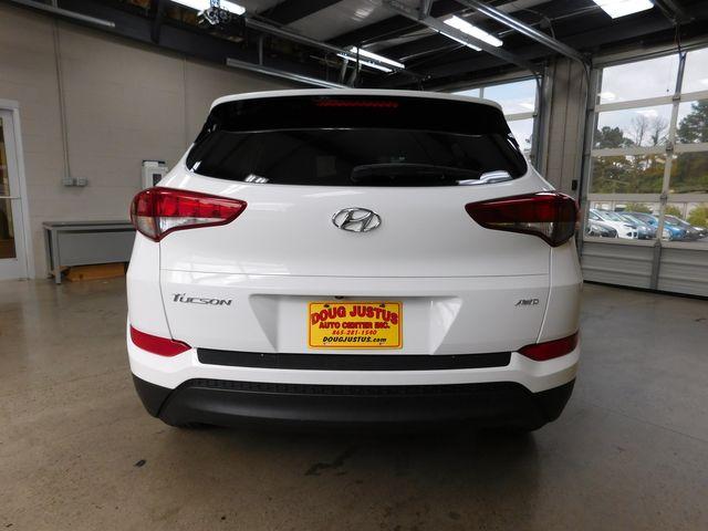 2017 Hyundai Tucson SE in Airport Motor Mile ( Metro Knoxville ), TN 37777