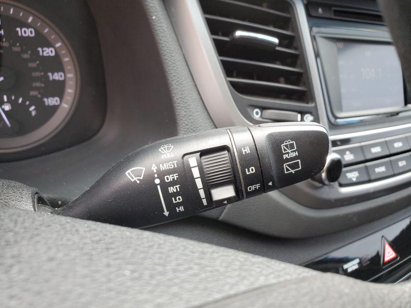 2017 Hyundai Tucson SE  Brownsville TX  English Motors  in Brownsville, TX