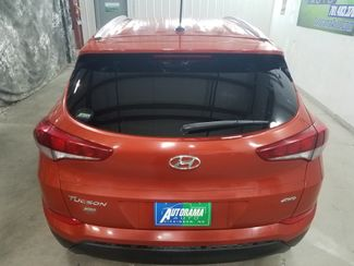 2017 Hyundai Tucson SE  AWD  city ND  AutoRama Auto Sales  in Dickinson, ND