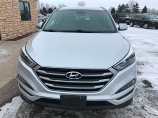 2017 Hyundai Tucson SE Farmington, MN 3