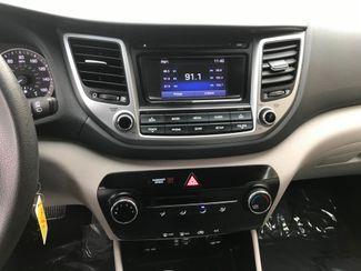 2017 Hyundai Tucson SE Farmington, MN 7