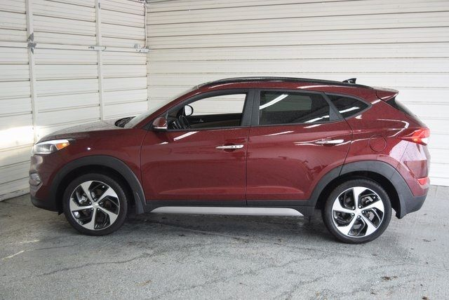 2017 Hyundai Tucson Limited in McKinney Texas, 75070