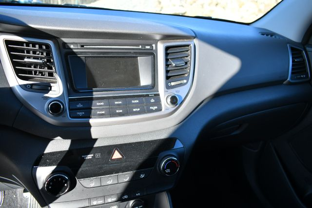 2017 Hyundai Tucson SE Naugatuck, Connecticut 13