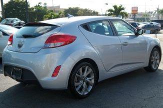 2017 Hyundai Veloster Hialeah, Florida 3