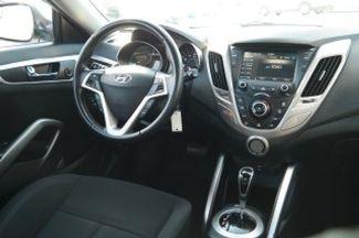 2017 Hyundai Veloster Hialeah, Florida 31