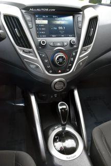 2017 Hyundai Veloster Dual Clutch Waterbury, Connecticut 23