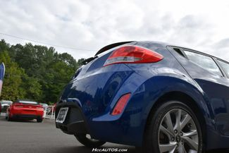 2017 Hyundai Veloster Dual Clutch Waterbury, Connecticut 9