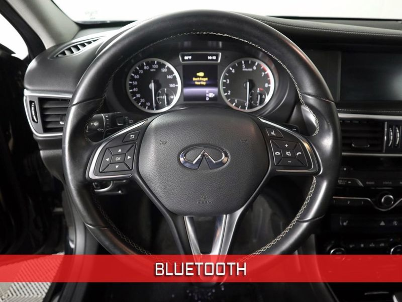 2017 Infiniti QX30 Premium  city Ohio  North Coast Auto Mall of Cleveland  in Cleveland, Ohio