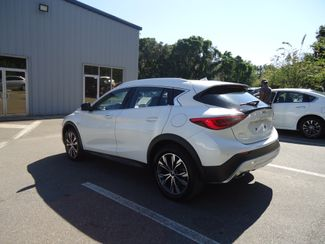 2017 Infiniti QX30 Premium AWD. PANORAMIC. NAVIGATION SEFFNER, Florida 12