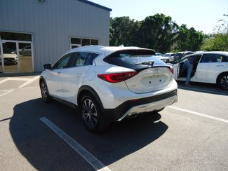2017 Infiniti QX30 Premium AWD. PANORAMIC. NAVIGATION SEFFNER, Florida 13