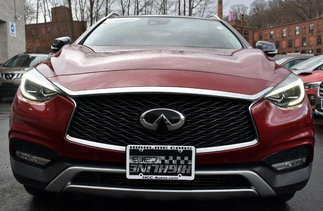 2017 Infiniti QX30 Premium Waterbury, Connecticut 11