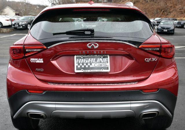 2017 Infiniti QX30 Premium Waterbury, Connecticut 7