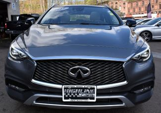 2017 Infiniti QX30 Premium Waterbury, Connecticut 9