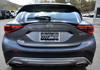 2017 Infiniti QX30 Premium Waterbury, Connecticut 5