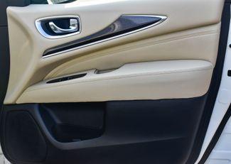 2017 Infiniti QX60 AWD Waterbury, Connecticut 24