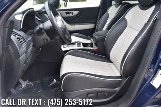 2017 Infiniti QX70 AWD Waterbury, Connecticut 18